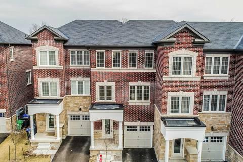Townhouse for sale at 19 Autumnwood Ave Brampton Ontario - MLS: W4409506