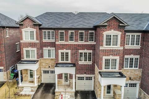 Townhouse for sale at 19 Autumnwood Ave Brampton Ontario - MLS: W4702494