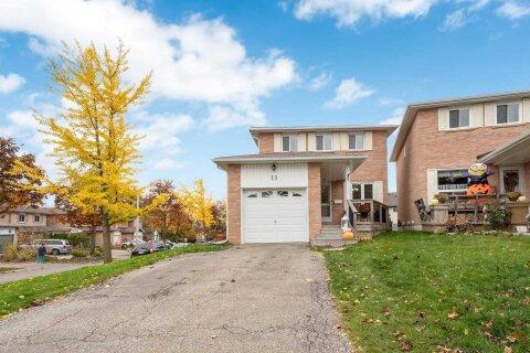 House for sale at 19 Barrington Cres Brampton Ontario - MLS: W4970350