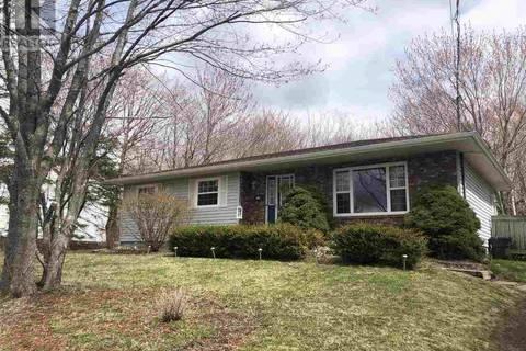 House for sale at 19 Carmichael Dr Sydney River Nova Scotia - MLS: 201902532