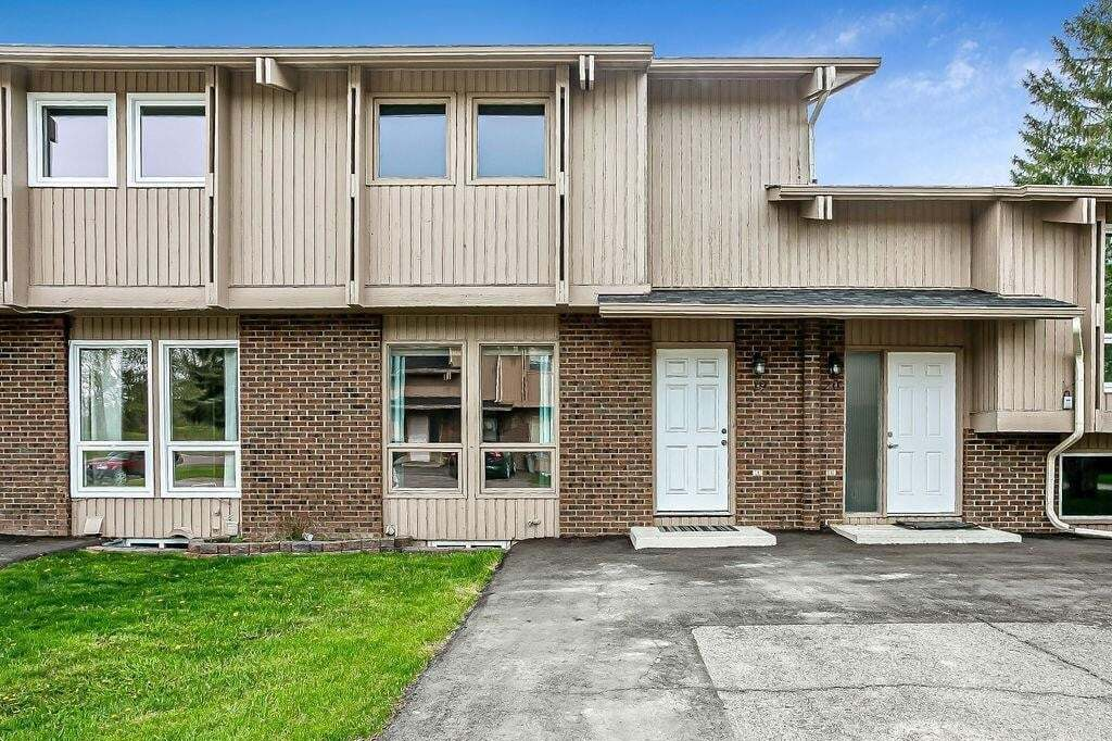 Townhouse for sale at 19 Cataract Rd SW Mclaughlin Meadows, High River Alberta - MLS: C4297198