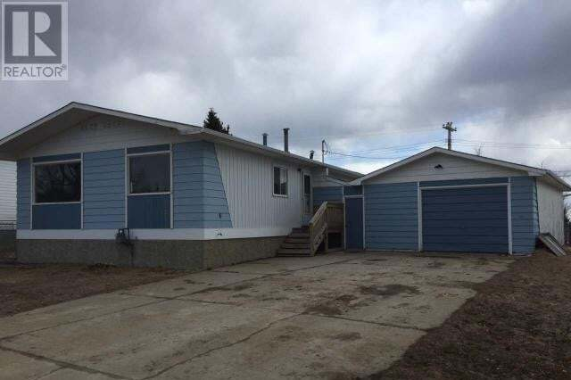 House for sale at 19 Centennial Cres Swan Hills Alberta - MLS: 49466