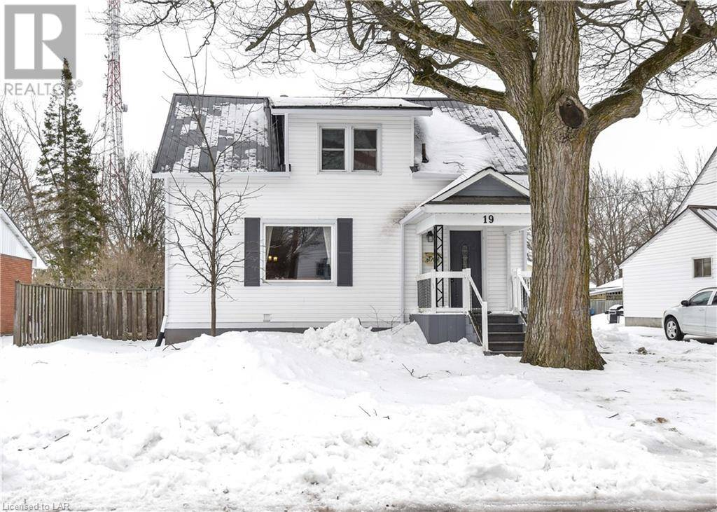 Townhouse for sale at 19 Champlain St Orillia Ontario - MLS: 250835