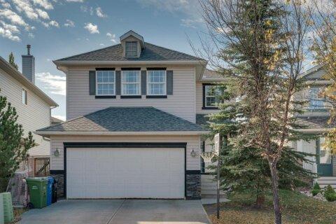 House for sale at 19 Chapman Cs SE Calgary Alberta - MLS: A1040854