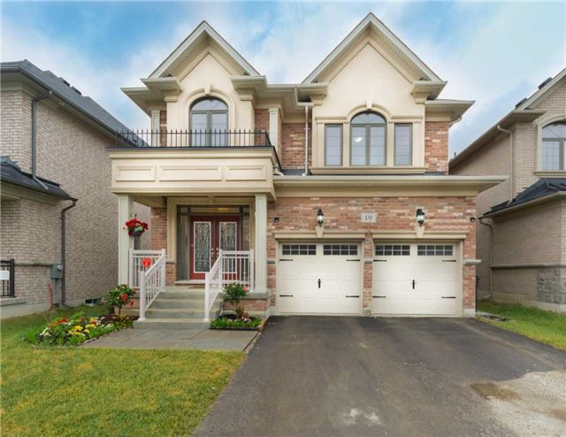 For Sale: 19 Chiming Road, Brampton, ON | 4 Bed, 4 Bath House for $1,150,000. See 19 photos!