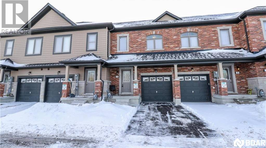 Townhouse for sale at 19 Cygnus Cres Barrie Ontario - MLS: 30784311
