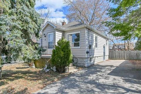 House for sale at 19 David Ave Hamilton Ontario - MLS: X4404631