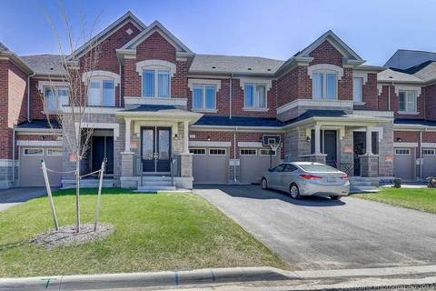 Townhouse for sale at 19 Durblee Ave Aurora Ontario - MLS: N4440714