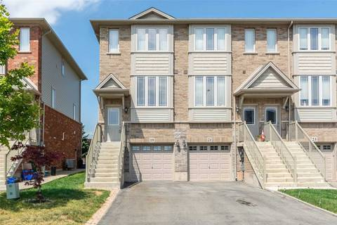 Townhouse for sale at 19 Edenrock Dr Hamilton Ontario - MLS: X4536741