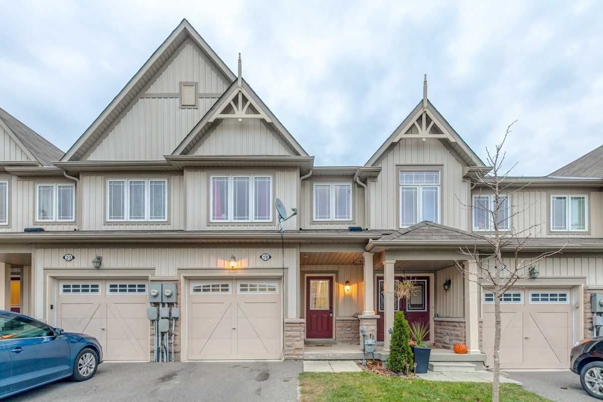 House for sale at 19 Farmstead Drive Clarington Ontario - MLS: E4321711
