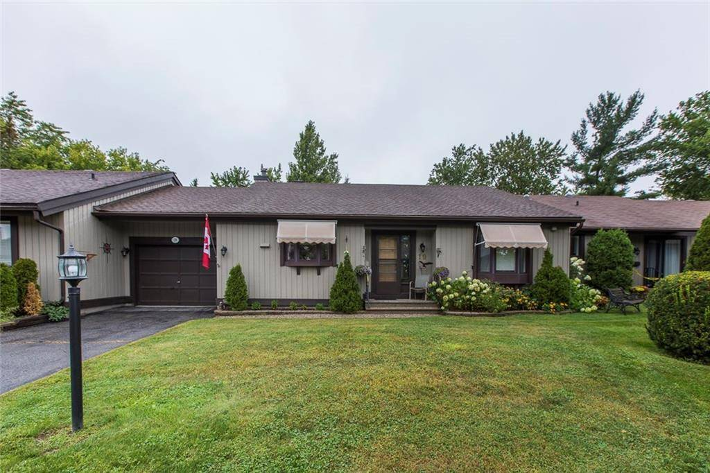 Townhouse for sale at 19 Glen Abbey Cres Stittsville Ontario - MLS: 1167325