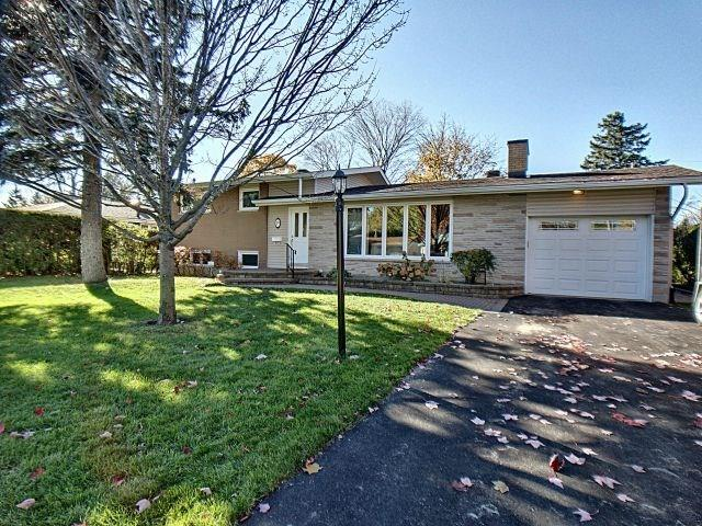 Removed: 19 Greenwich Avenue, Nepean, ON - Removed on 2019-01-05 04:24:09