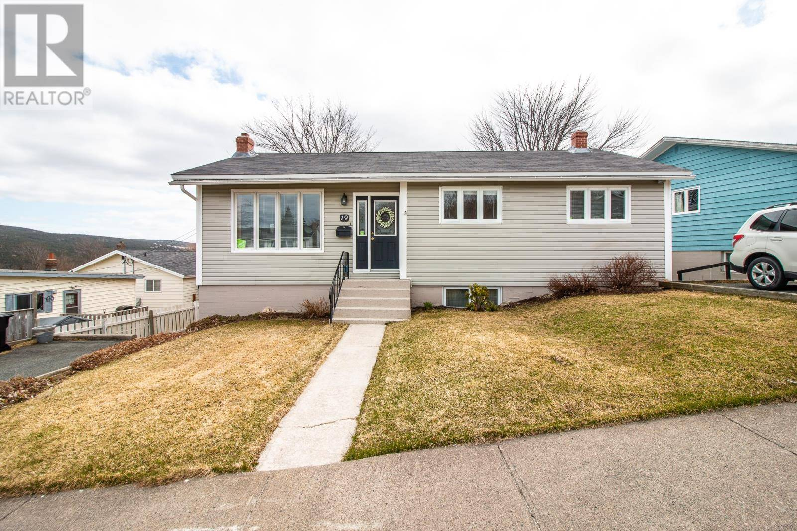 House for sale at 19 Harris Rd St. John's Newfoundland - MLS: 1207194