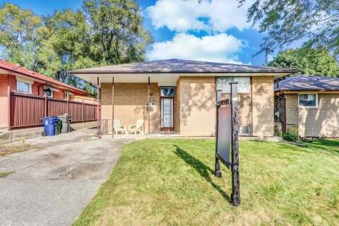 House for sale at 19 Lakeland Cres Toronto Ontario - MLS: E4924340