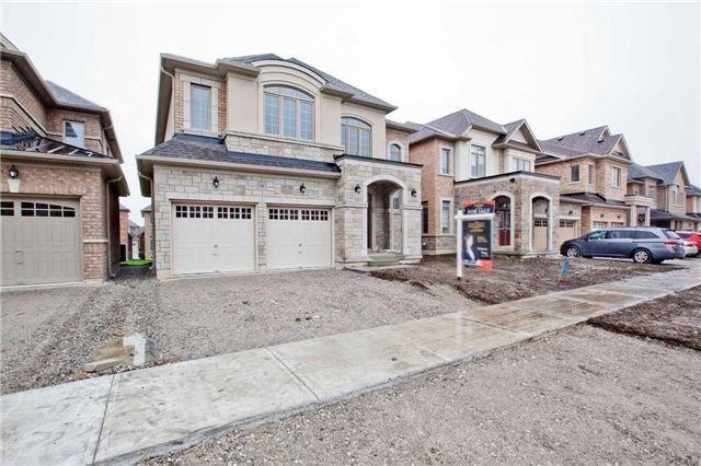 House for sale at 19 Lanark Street Bradford West Gwillimbury Ontario - MLS: N4309402