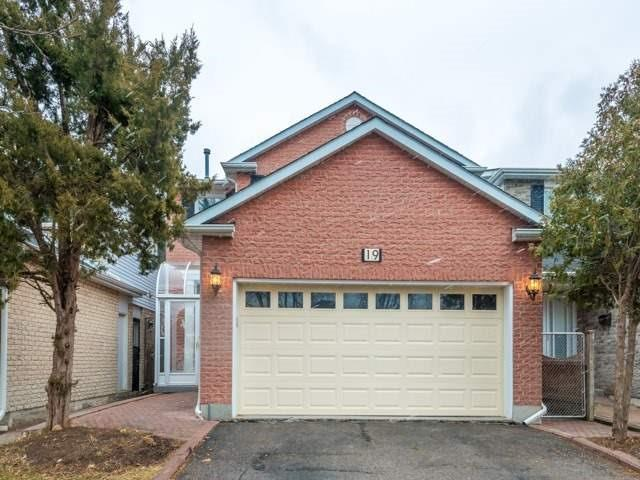 Sold: 19 Lisa Crescent, Vaughan, ON