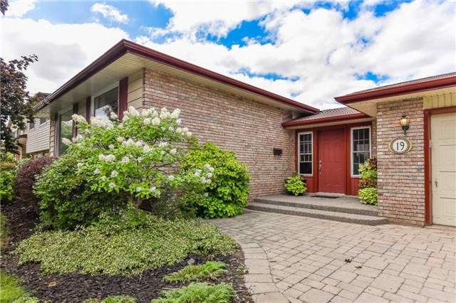 House for sale at 19 Lockyer Road Guelph Ontario - MLS: X4246266