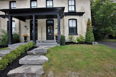 Townhouse for sale at 19 Machell Ave Aurora Ontario - MLS: N4576253