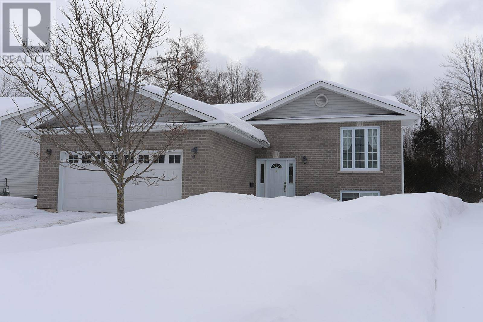 House for sale at 19 Parkinworth Pl Sault Ste. Marie Ontario - MLS: SM127967