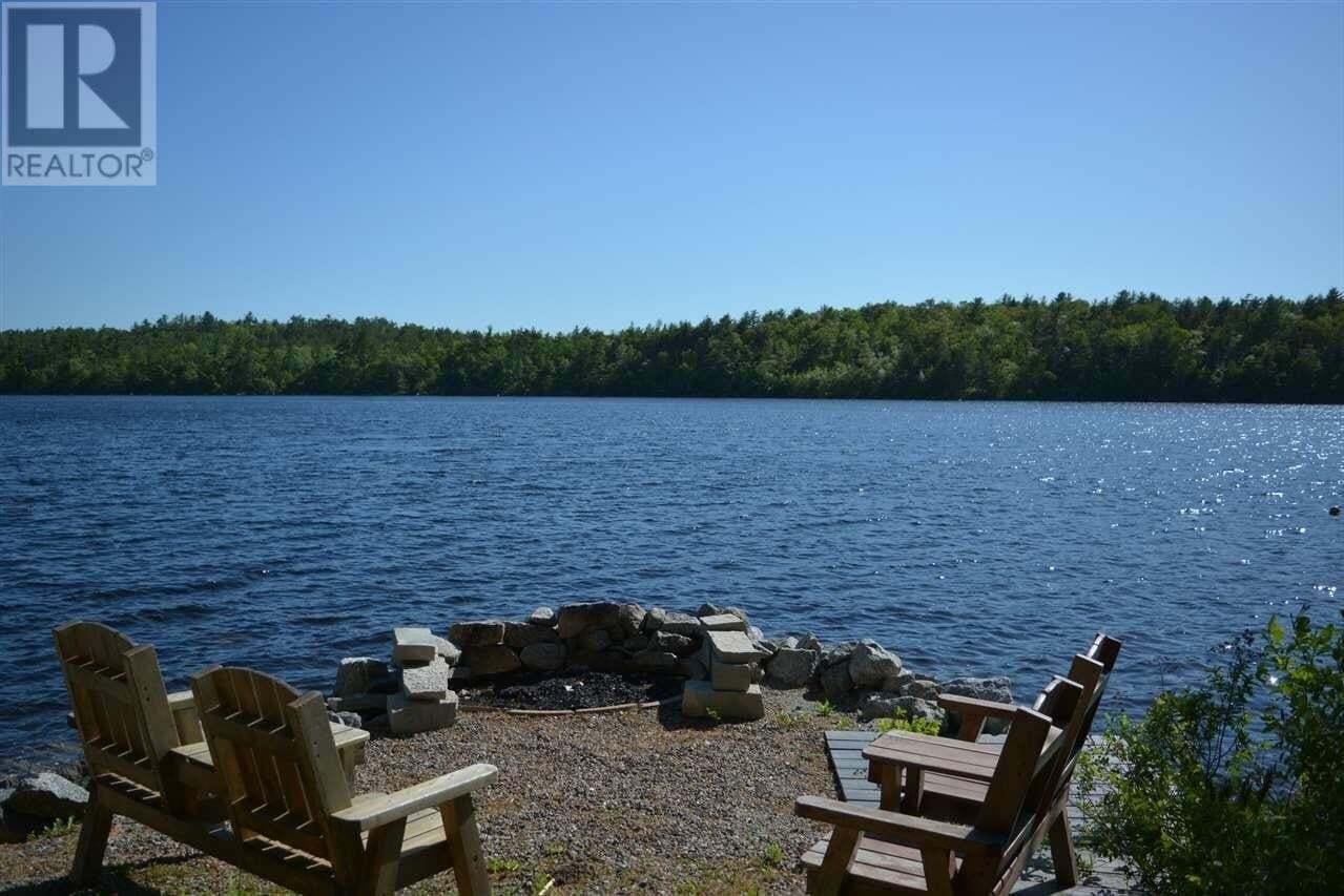 House for sale at 19 Pine Grove Ln Waverley Nova Scotia - MLS: 202007973
