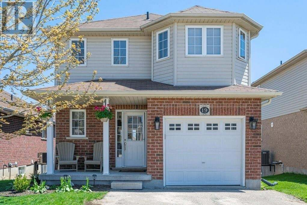 House for sale at 19 Poffenroth Path Elmira Ontario - MLS: 30807652