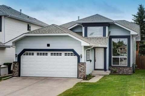 House for sale at 19 Riverstone Cs Southeast Calgary Alberta - MLS: C4297692