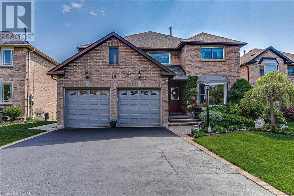 House for sale at 19 Rotherglen Rd N Ajax Ontario - MLS: 261744