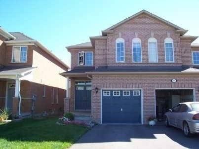 Townhouse for rent at 19 Royal Appian Cres Vaughan Ontario - MLS: N4513483