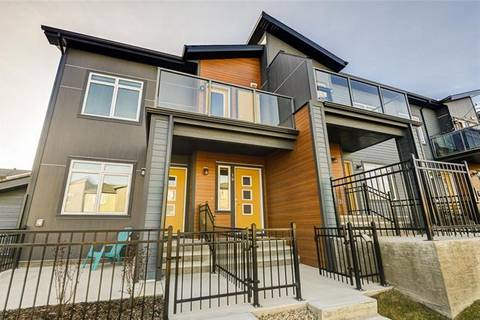 Townhouse for sale at 19 Sage Bluff Circ Northwest Calgary Alberta - MLS: C4276138