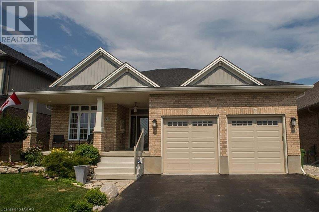 House for sale at 19 St Andrews Dr N St. Thomas Ontario - MLS: 270433
