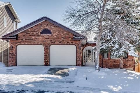 House for sale at 19 Stradbrooke Ri Southwest Calgary Alberta - MLS: C4272464