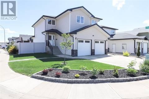 House for sale at 19 Stratton Li Se Medicine Hat Alberta - MLS: mh0168950