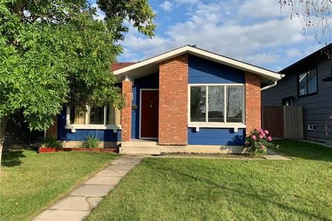 House for sale at 19 Sunbank Rd Southeast Calgary Alberta - MLS: C4257432