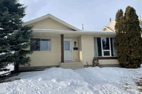 House for sale at 19 Templeby Rd NE Calgary Alberta - MLS: A1027919
