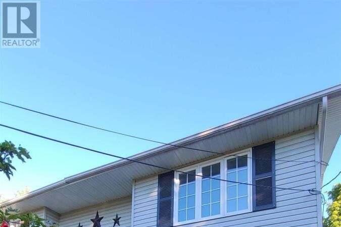 House for sale at 19 Thomas St Smith Falls Ontario - MLS: K20005737