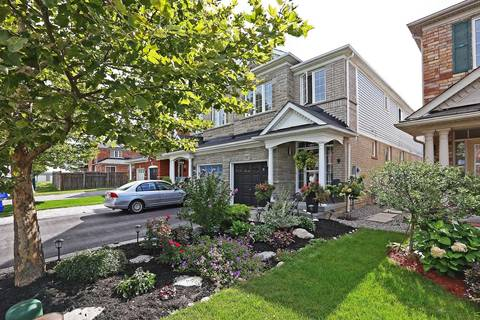 Townhouse for sale at 19 Tozer Cres Ajax Ontario - MLS: E4574609