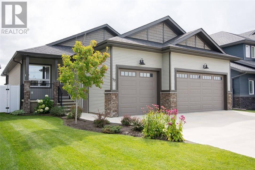 House for sale at 19 Voisin Cs Red Deer Alberta - MLS: ca0181201
