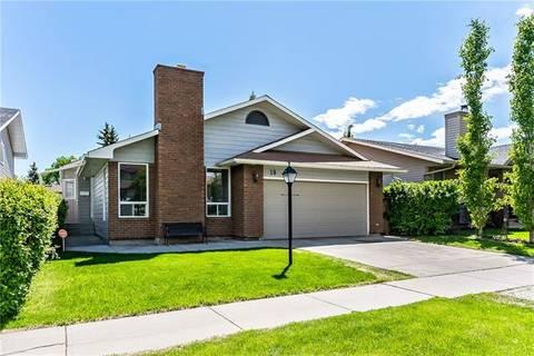 House for sale at 19 Woodglen Ri Southwest Calgary Alberta - MLS: C4252810