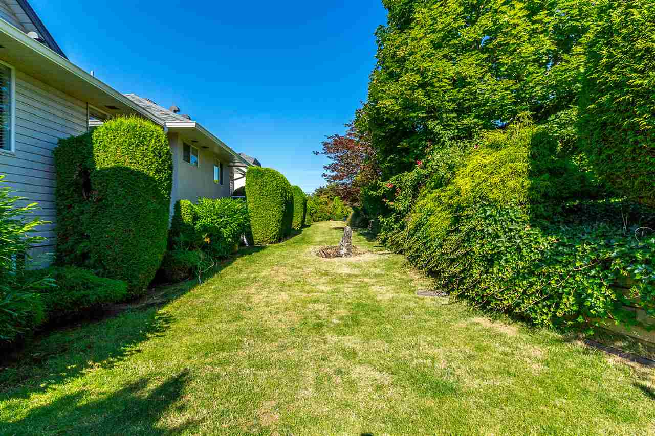 For Sale: 190 - 3160 Townline Road, Abbotsford, BC   5 Bed, 3 Bath Townhouse for $585,000. See 20 photos!