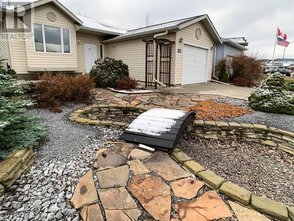 House for sale at 190 Fairmont Blvd S Lethbridge Alberta - MLS: ld0183145
