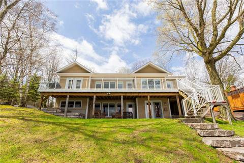 House for sale at 190 Lakebreeze Rd Kawartha Lakes Ontario - MLS: X4452467