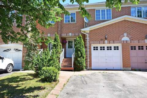 Townhouse for sale at 190 Twin Pines Cres Brampton Ontario - MLS: W4858654