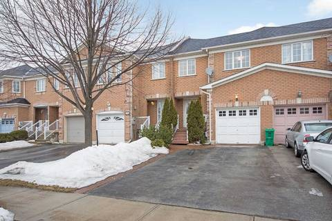 Townhouse for sale at 190 Twin Pines Cres Brampton Ontario - MLS: W4384141