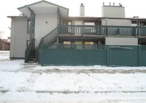 Townhouse for sale at 1901 Saddleback Rd Nw Edmonton Alberta - MLS: E4148556