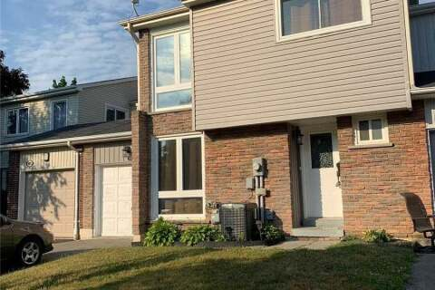 Townhouse for rent at 1903 Hensall Ct Pickering Ontario - MLS: E4814581