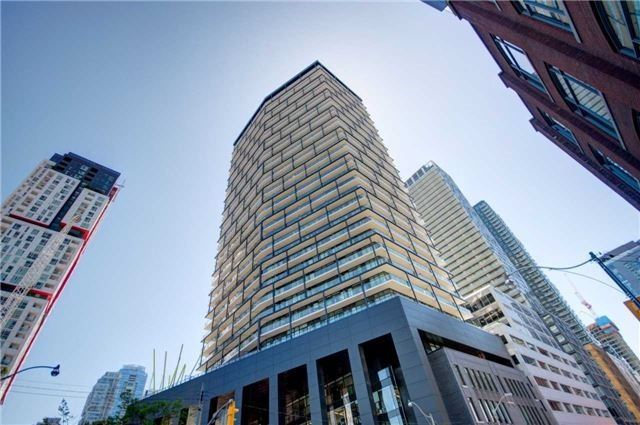 Tableau Condominiums Condos: 125 Peter Street, Toronto, ON