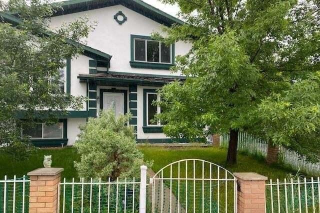 Townhouse for sale at 1908 76 Av SE Ogden, Calgary Alberta - MLS: C4305551