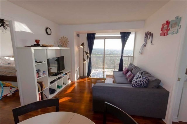 For Sale: 1910 - 55 Strathaven Drive, Mississauga, ON   2 Bed, 2 Bath Condo for $419,900. See 11 photos!