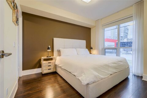 Condo for sale at 300 Front St Unit 1911 Toronto Ontario - MLS: C4993569