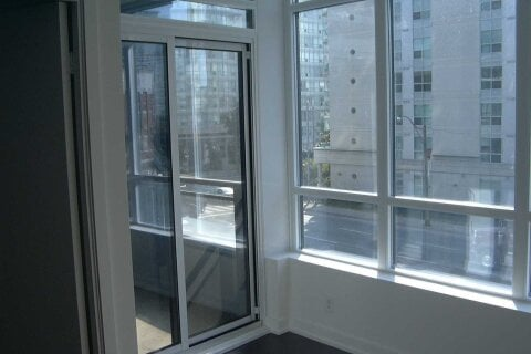Apartment for rent at 373 Front St Unit 1911 Toronto Ontario - MLS: C5088719